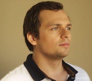Хорошая новость: актер Алексей Янин после долгого пребывания в коме возвращается к нормальной жизни