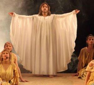 Владимир Путин дал команду разобраться: о запрете популярного мюзикла «Иисус Христос — суперзвезда»