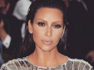 Возвращение Ким Кардашьян на обложки журналов и в кадр