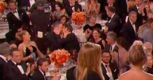 Необычная выходка Райана Рейнольдса во время 74-й церемонии «Золотой глобус»