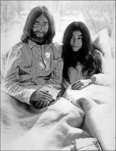 Создание фильма о Джоне Леноне и его отношениях с Йоко Оно