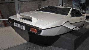 На аукционе выставят суперкар «агента 007» - Lotus Esprit S1