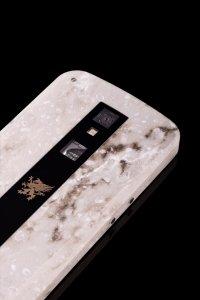 Grand Touch Executive  - телефон, «высеченный» из мрамора