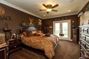 Роскошный особняк в стиле Louis Vuitton продается за $2.350.000