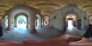 Фотокамера Ricoh Theta — первая в мире с мгновенной функцией панорамного снимка