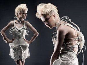 Коктейльное платье DareDroid может заменить целый бар