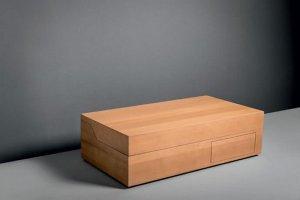 Роскошный «умывальников начальник» спрятали в деревянный ящик