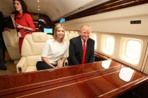Дональд Трамп летает на Боинге стоимостью $100.000.000