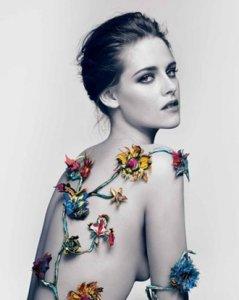 Кристен Стюарт представила новый парфюм Rosabotanica