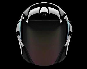 С «умным» шлемом покорить мотоцикл станет проще