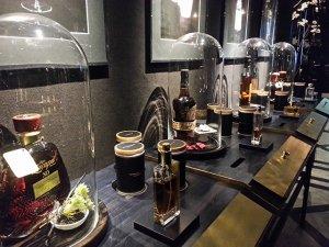 «Подышать духами» можно в баре Ritz-Carlton