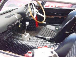 Самым дорогим в мире стал автомобиль Ferrari 250 GTO стоимостью $63.930.000