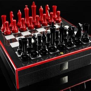 Скорость мысли от Ferrari в роскошном наборе шахмат за $2.040