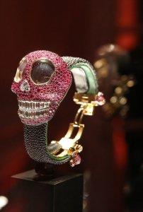Ювелирные часы Grisogono в виде черепа для мистиков и философов