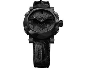 На 75-летие Бэтмену подарили наручные часы от Romain Jerome за $18.500