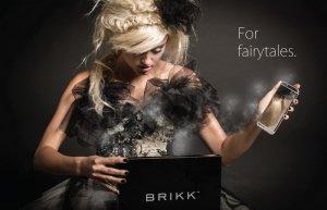 Золотые смартфоны iPhone 6, инкрустированные бриллиантами, от бренда Brikk