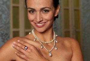 Ушло с молотка жемчужное ожерелье королевы Швеции за $3.420.000