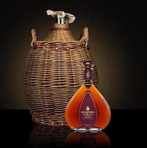 Эксклюзивный коньяк Courvoisier Tribute Borderies к Новому году продается по $80.800 за бутылку