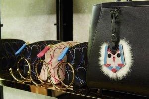 «Пернатая» серия Fendi QuTweet подарит модницам «синицу в руках»