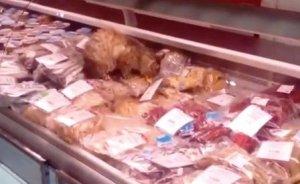 «Самая знаменитая российская кошка» поужинала на 60.000 рублей