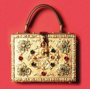 Dolce & Gabbana  создали «волшебную» сумку из золота и самоцветов