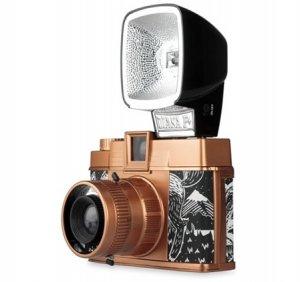 Ограниченная серия уникальной камеры Diana F+