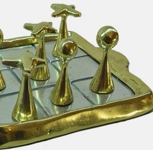 Работы скульптора по металлу Дэвида Маршалла продают в Москве