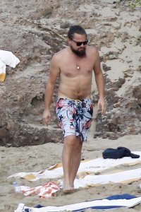 Ди Каприо сел на диету из-за Рианны