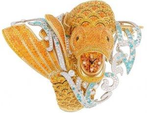 Рыбка на роскошных часах Van Cleef and Arpels исполняет желания