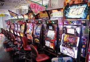 Японские игровые автоматы бывают разные: странные, полезные, инновационные…