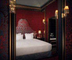 Парижский отель Maison Souquet: историческая атмосфера и дух запретных удовольствий