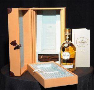 Продана ещё одна бутылка эксклюзивного виски Glenfiddich Janet Sheed Roberts Reserve