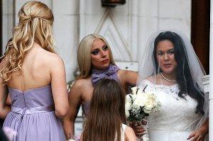 На свадьбе своей подруги Леди Гага показала своё истинное лицо