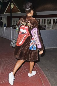 Рианна в Нью-Йорке показала свой свободный стиль