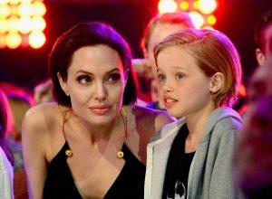 Выход в свет: Анджелина Джоли  чувствует себя хорошо после операции