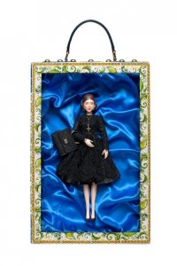 Куклы от Dolce & Gabbana представят изыски весенней моды
