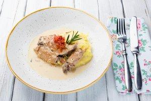 Квинтессенция домашней еды воплотилась в «Юлиной кухне»